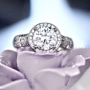 Jewelry - 🔜Halo Diamond Pave CZ Silver Ring